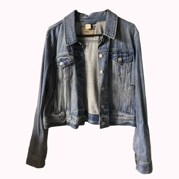 Levi Classic Indigo Jean Trucker Jacket